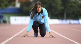 Milli atlet Mizgin Ay, ameliyat edildi
