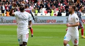 Antalyaspor galibiyet hasretini bitirdi