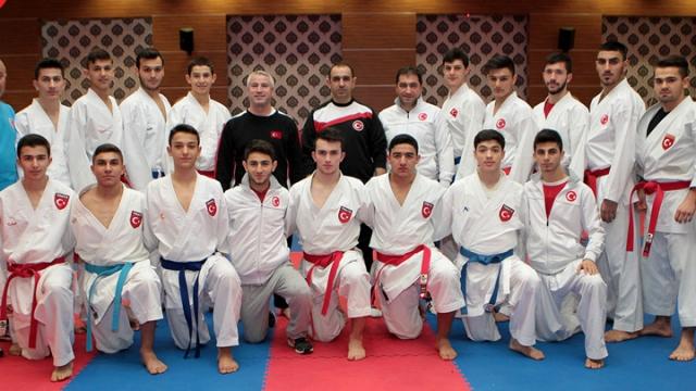 Karate Milli Takımı Avrupa Şampiyonası'na hazırlanıyor