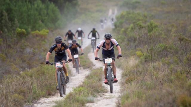 Dünyanın en zorlu dağ bisikleti yarışı sona erdi
