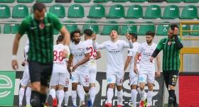 Antalyaspor Akhisarspor'u deplasmanda yıktı
