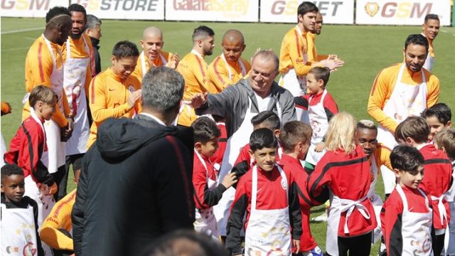 Galatasaray 23 Nisan'ı çeşitli etkinliklerle kutladı