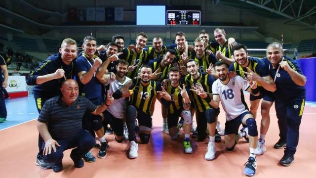 Fenerbahçe, Arkas karşısında 2-0 öne geçti
