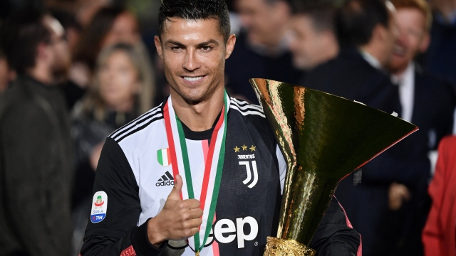 İtalya'da yılın futbolcusu Ronaldo