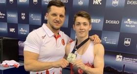 Milli cimnastikçi Sercan Demir'den gümüş madalya