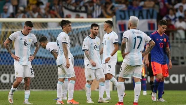 """""""Arjantin takımı Messi'ye yardımcı olmuyor"""""""