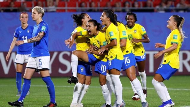 Brezilya - İtalya (Özet)