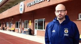 Fenerbahçe'de Badia görevinden ayrıldı
