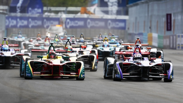 New York'ta Formula E heyecanı yaşandı