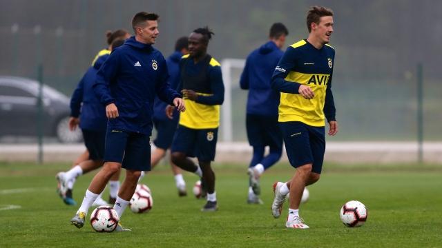 Fenerbahçe'de gündem stoper transferi