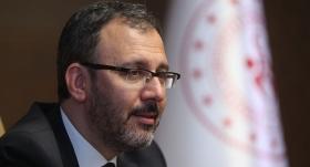 Bakan Kasapoğlu'ndan Muhammet Furkan Özbek'e tebrik