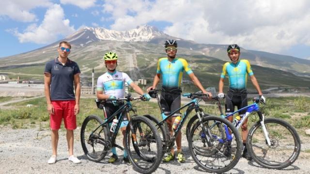 Bisiklet takımlarının kamp tercihi Erciyes Dağı