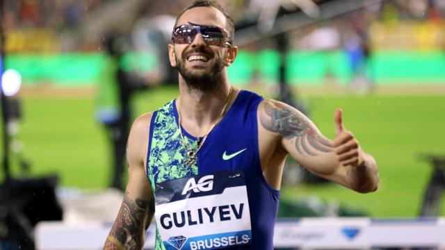 Ramil Guliyev ilk sırayı aldı