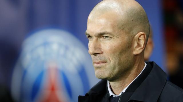 Zinedine Zidane zor durumda