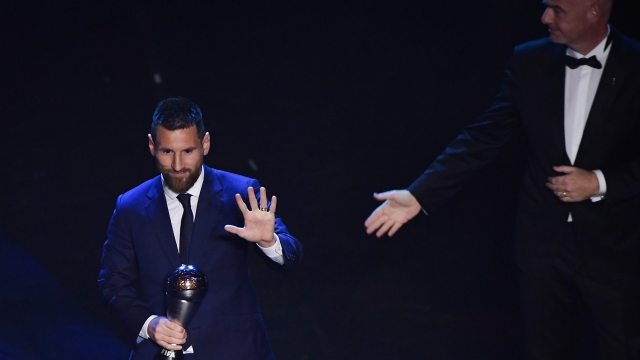FIFA Yılın En İyi Erkek Oyuncusu ödülü Messi'nin