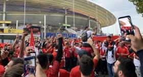 Stade de France'a Türk taraftar akını