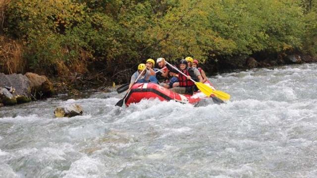 Van'da rafting mücadelesi nefes kesti