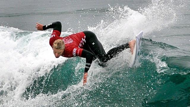 Sörf müsabakalarında yer alacak iki isim belli oldu