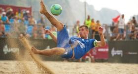 Plaj Futbolu Dünya Şampiyonası'na yağmur engeli