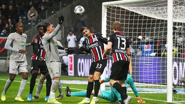 Eintracht Frankfurt - Hertha Berlin (Özet)