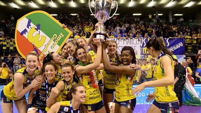 Filede Imoco Volley kupayı kaldıran taraf oldu