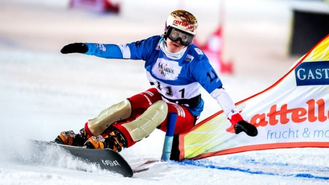 Snowboard paralel slalom heyecanı Avusturya'da yaşandı