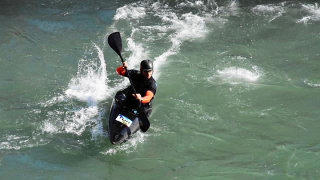 Akarsu Kanosu Slalom kış kampı sürüyor