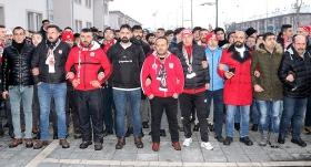 Sivassporlu taraftarlardan hakem kararlarına tepki yürüyüşü