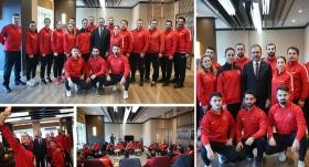 Bakan Kasapoğlu'ndan milli karatecilere ziyaret