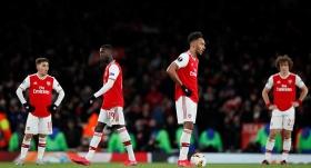 Arsenal şokta, Olympiakos son 16'da