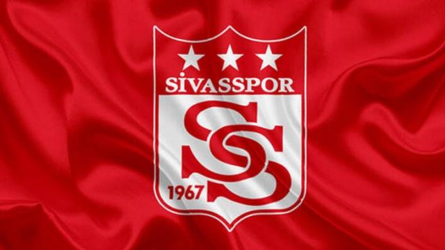 Sivassporlu futbolcular idmanlarını aksatmıyor