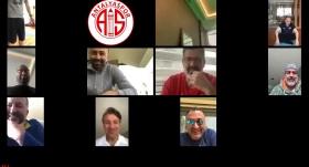Antalyaspor'da bu kez yönetim telekonferanslı idman yaptı