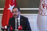 Bakan Kasapoğlu paralimpik sporculara seslendi