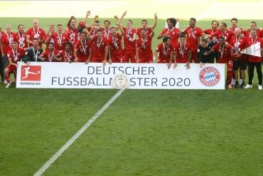 Wolfsburg - Bayern Münih (Özet)