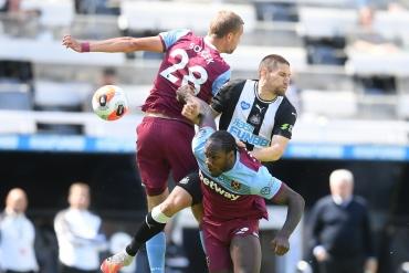 Newcastle U. - West Ham U. (özet)