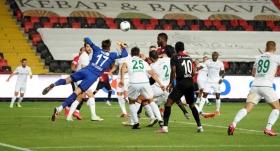 Gaziantep FK son dakikalarda 3 puanı kaptı