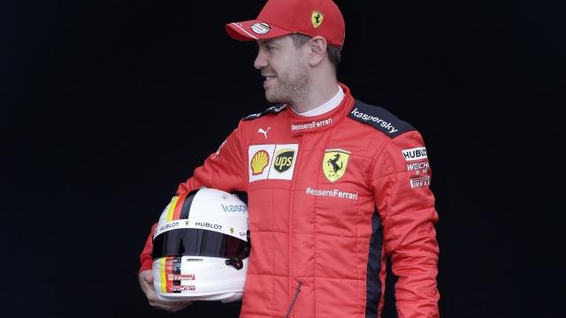 Vettel yol ayrımında...