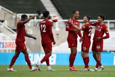 Newcastle - Liverpool (Özet)
