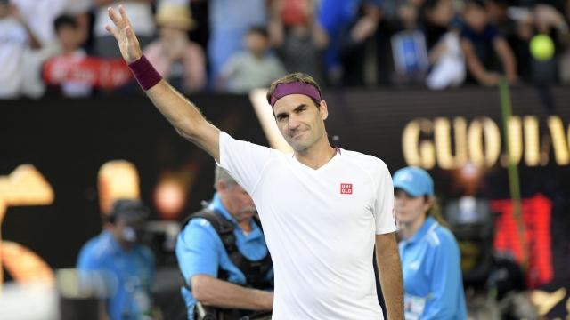 Federer'den sürpriz...