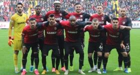 Gaziantep FK, harcama limitinde şampiyonlarla yarışıyor