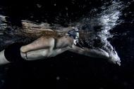 Su korkusunu yendi 100 madalya kazandı...