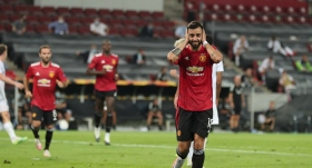 ManU'yu yarı finale Fernandes taşıdı