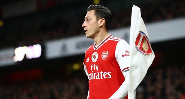 20: Mesut Özil