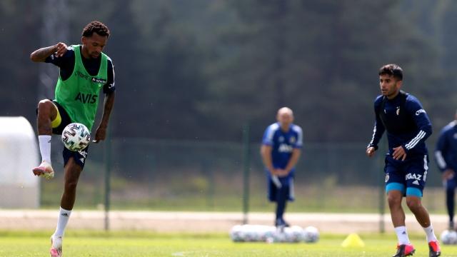 Jailson Fenerbahçe'ye veda etti