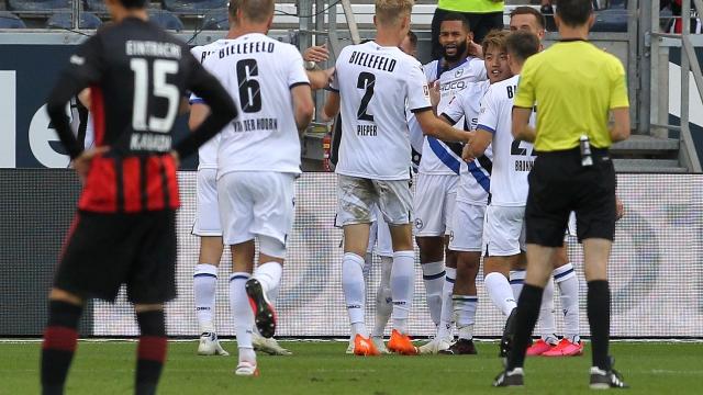 Bundesliga 1.Hafta | Frankfurt - A. Bielefeld (Özet)