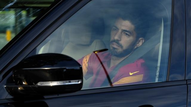 Luis Suarez transferinde sahtekarlık skandalı