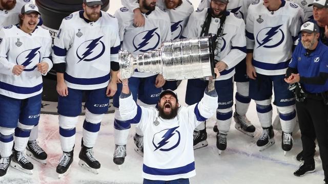 NHL'de şampiyon Tampa Bay Lightning