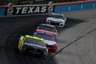 NASCAR'da3 kez ertelenen yarış koşuldu