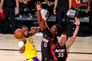 Miami Heat ile Adebayo anlaştı