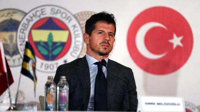 """""""Fenerbahçe şampiyonluğun en büyük adayıdır"""""""